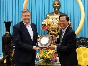 Lucian Vietnam02
